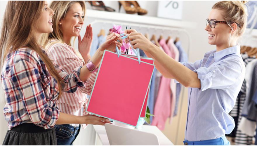 Вызов продавца на кассу покупателем магазина